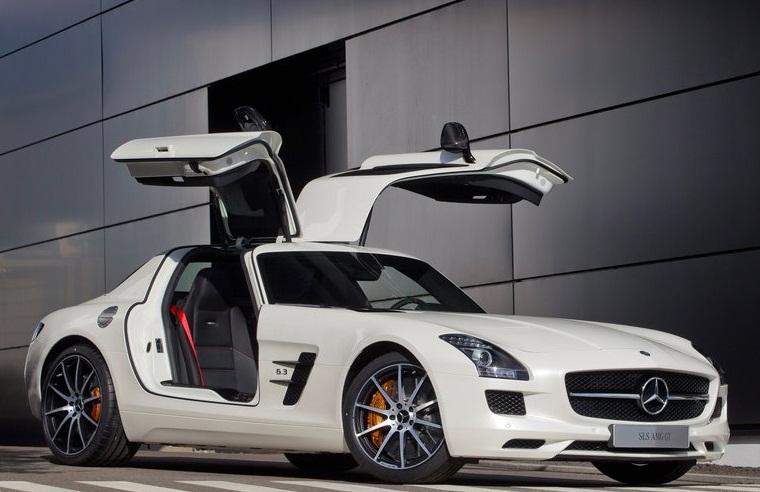 Sport car garage mercedes benz sls amg gt 2013 for Garage gt auto