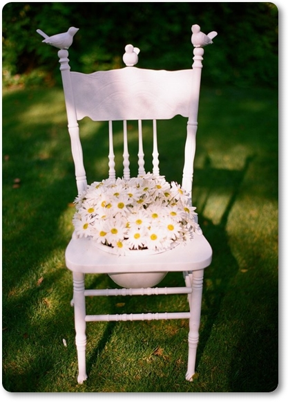 stol med blommor, stol av blommor