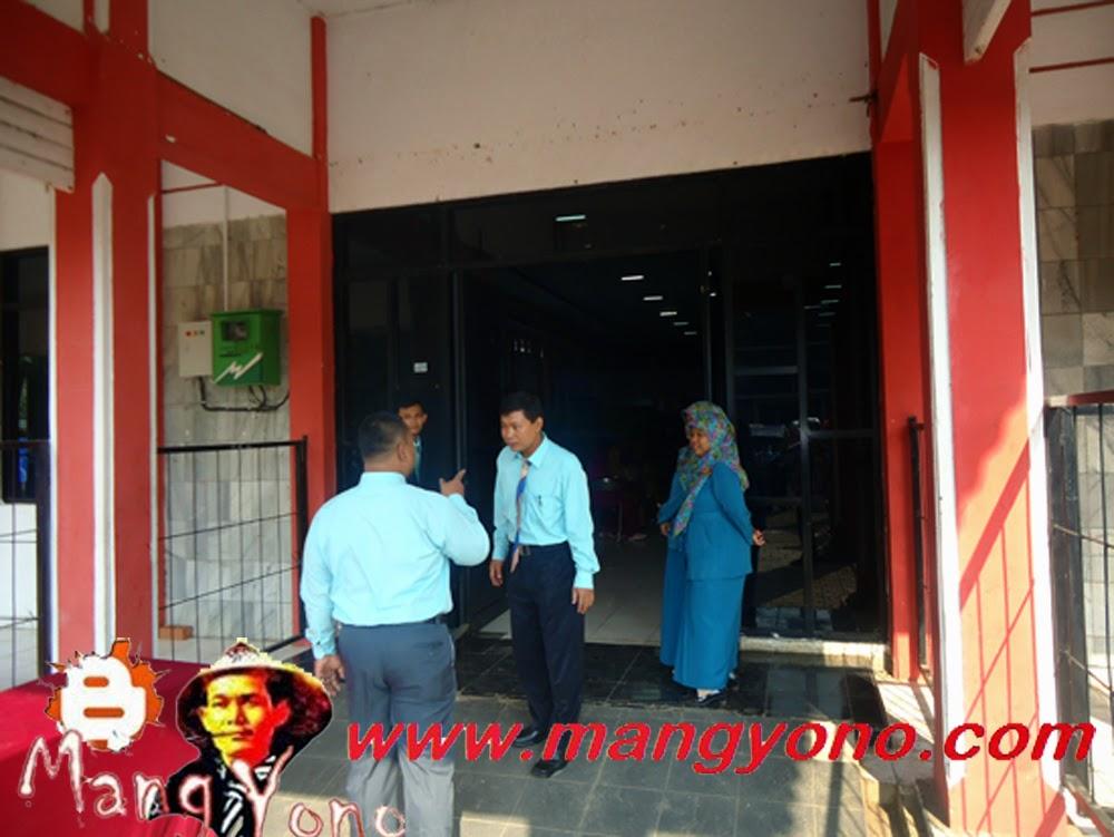 Pak Dosen dan Bu Dosen Sekolah Tinggi Agama Islam ( STAI ) RIYADHUL JANNAH Subang