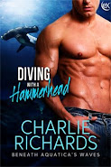 GET DIVING WITH A HAMMERHEAD NOW!