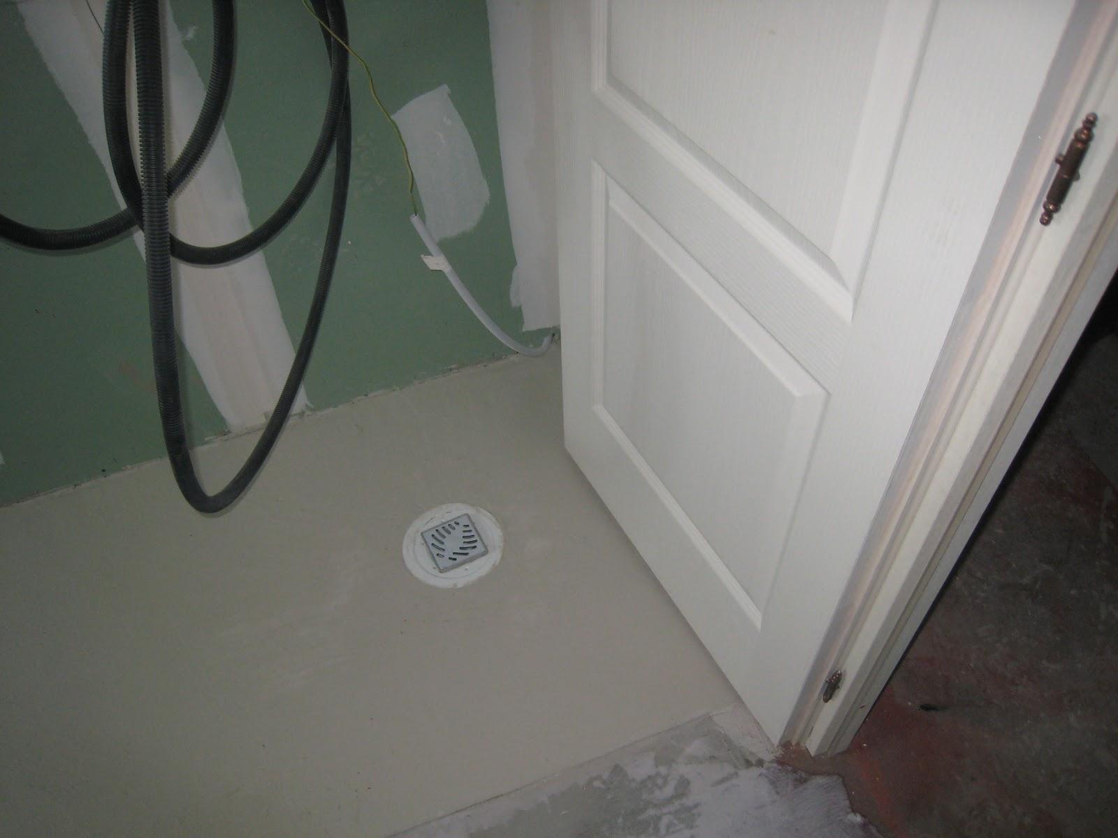 Faire construire wc douche et pose des portes for Pose siphon douche italienne