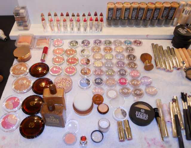 The body shop, The body shop backstage make up, The body shop colour crush, The body shop honey bronze