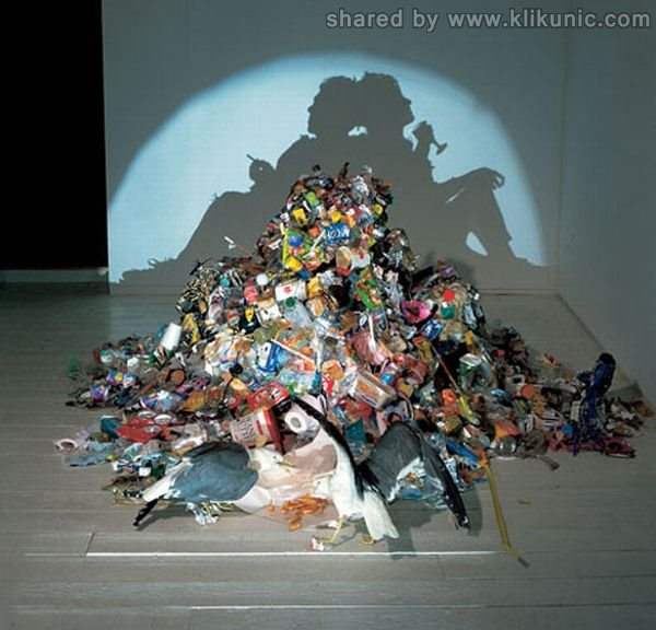 http://3.bp.blogspot.com/-H8U0kGjRahU/TXn0fSIqsmI/AAAAAAAAQ8o/XOUhnZ6jsJQ/s1600/amazing_shadow_art_02.jpg