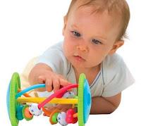 Bebeklere Oyuncaklar ve Faydaları