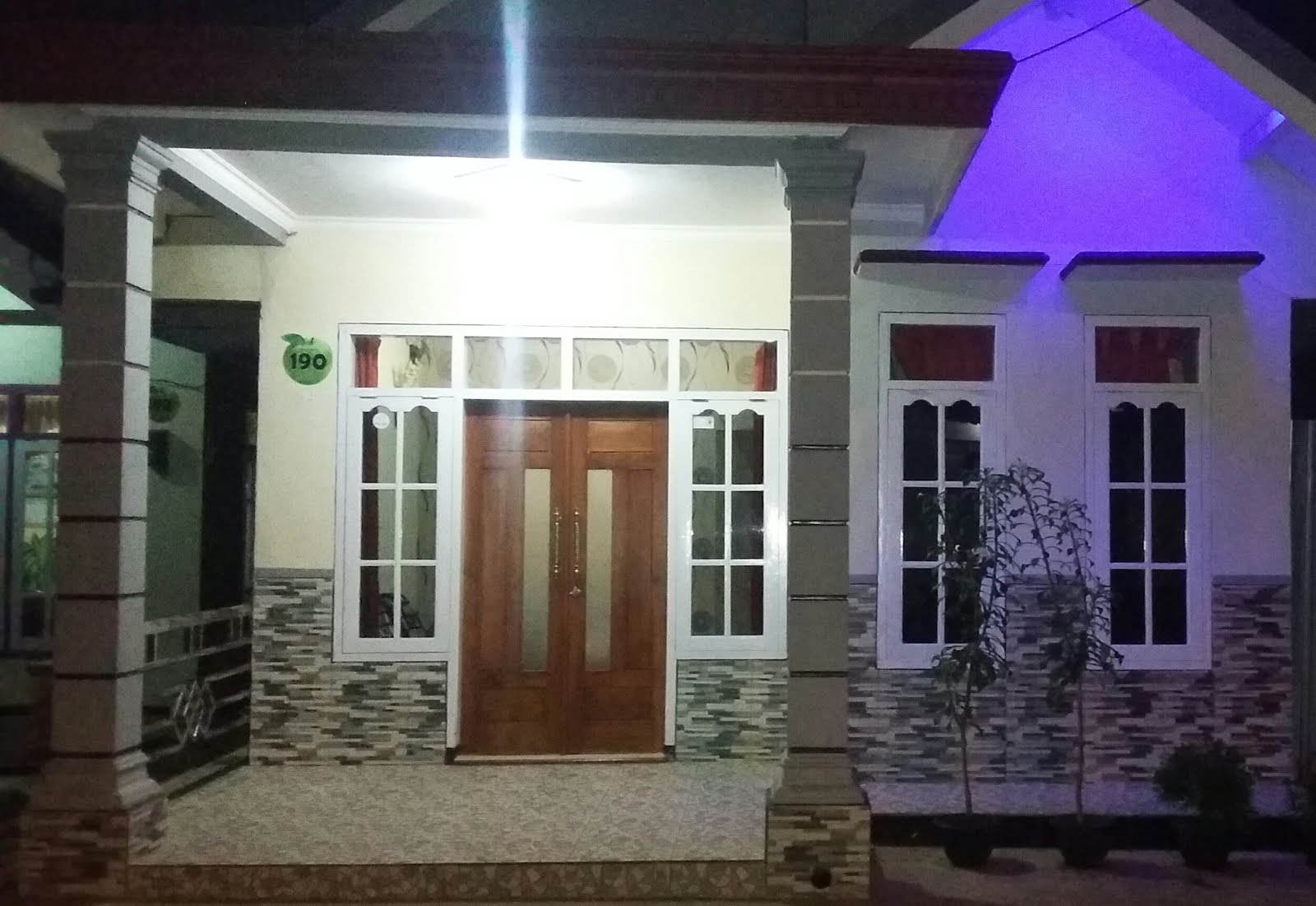 Ardhana Homestay 3 Kamar Tidur 0341 5100293