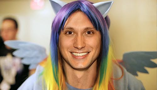 matt-mcgorry-brony, bronies, bronycon, what-is-a-brony, matt-mcgorry-hot, matt-mcgorry-2015, matt-mcgorry-oitnb