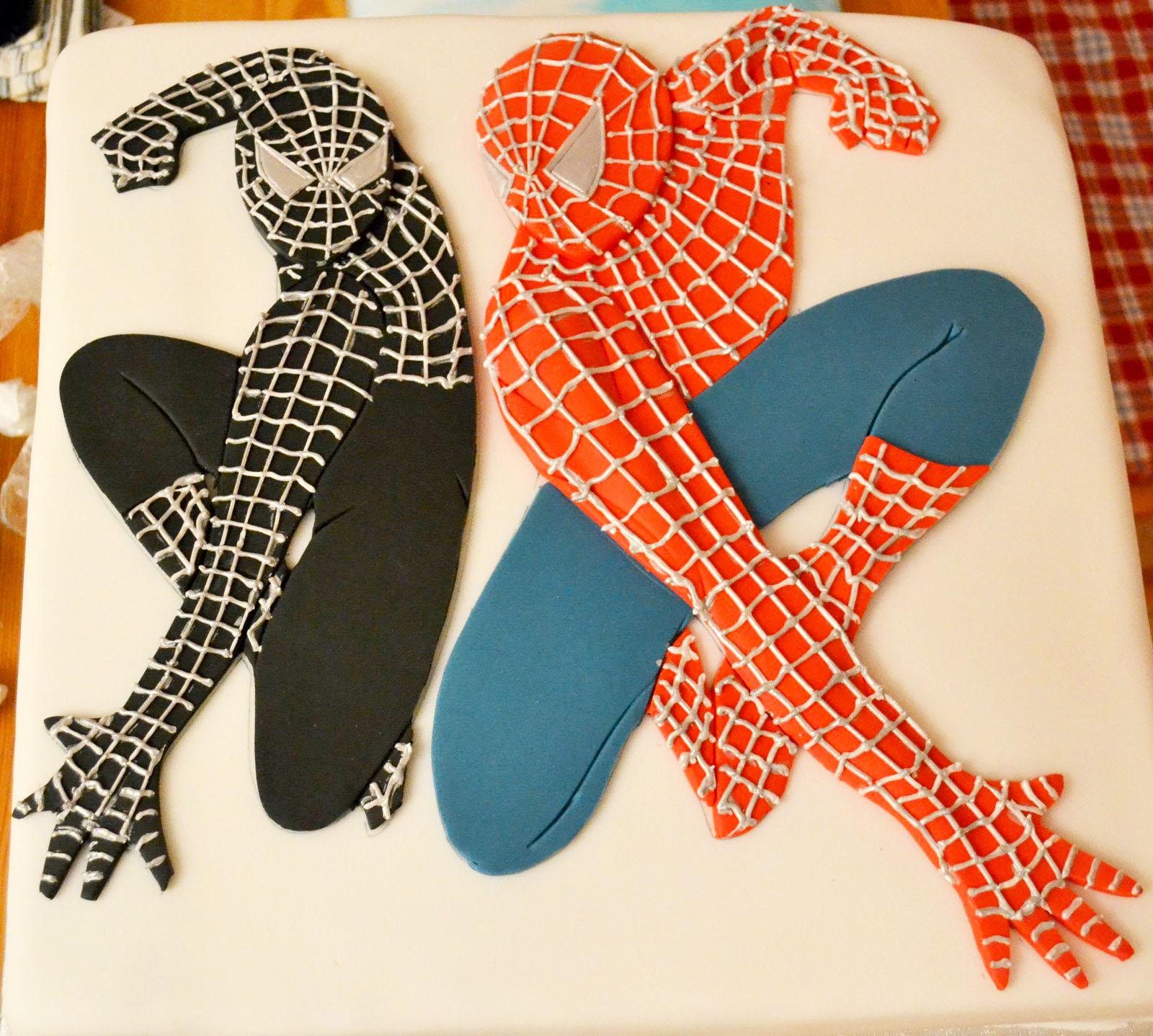 Как сделать человека паука из мастики своими руками 88