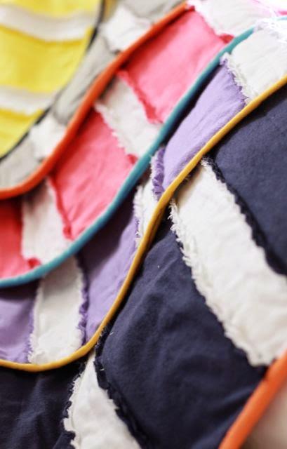 Baby Rag Strip Quilt by Do It Yourself Divas - Tons of baby blanket tutorials!!