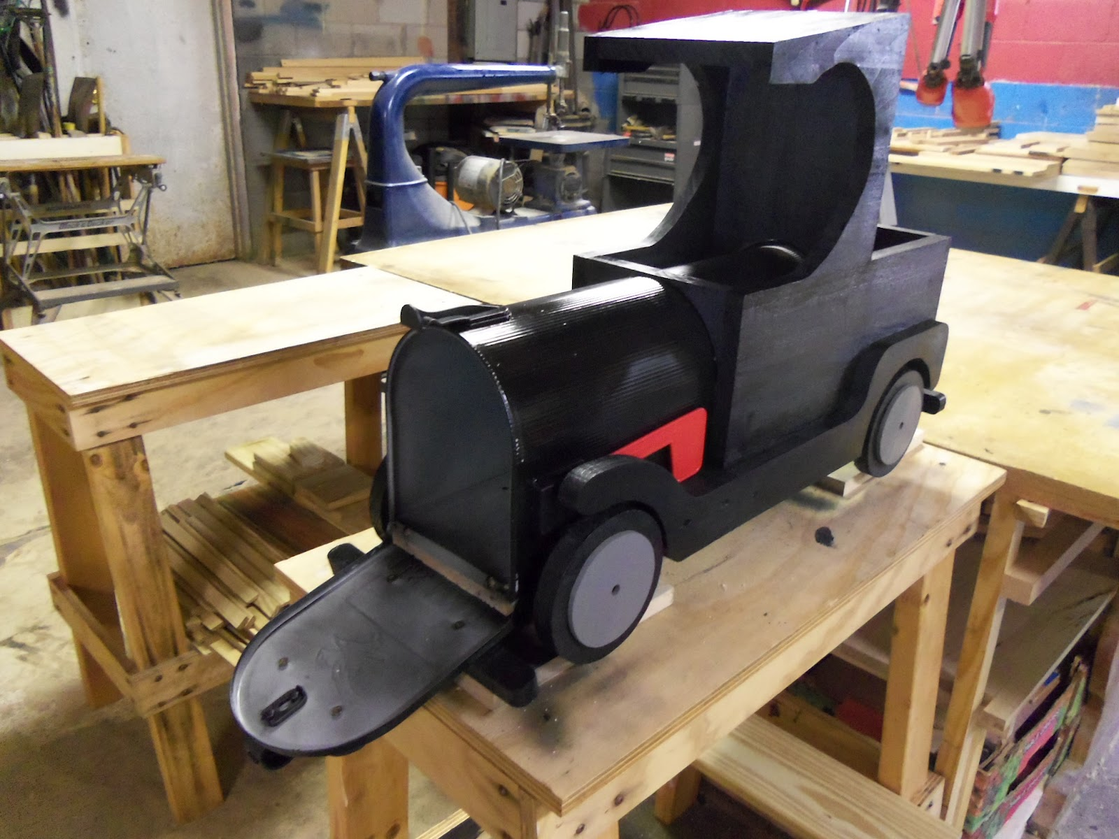 Wddsr fine woodworks truck mailbox for Car mailboxes for sale