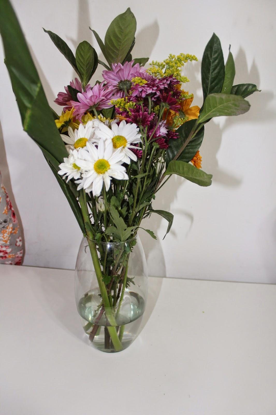 dicas de arranjos de flores baratos para casa