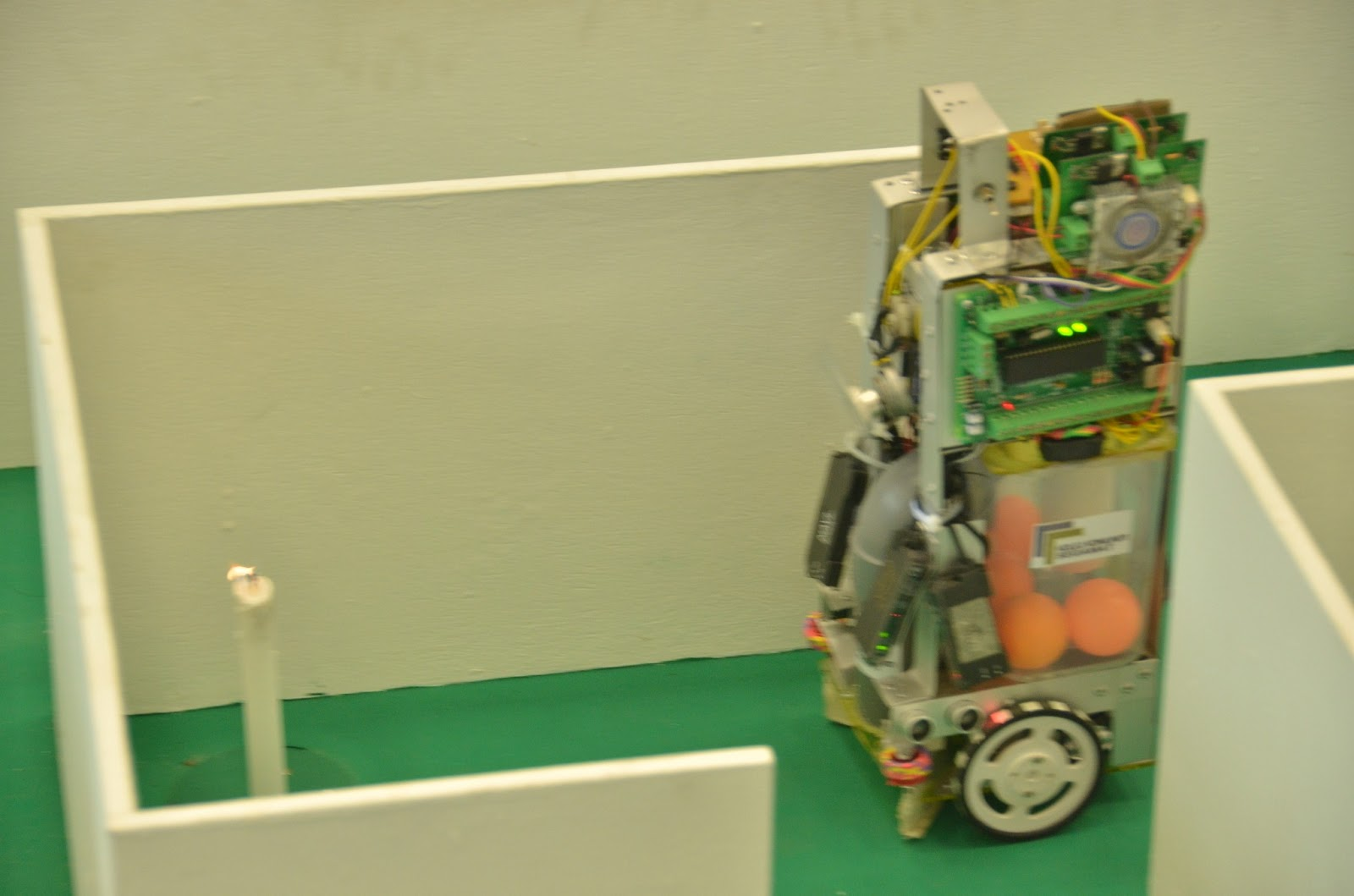 star climbing robot A stair climbing robot and method of operation is described the robot includes a chassis having powered opposed front wheels and two pairs of rear wheels each pair.
