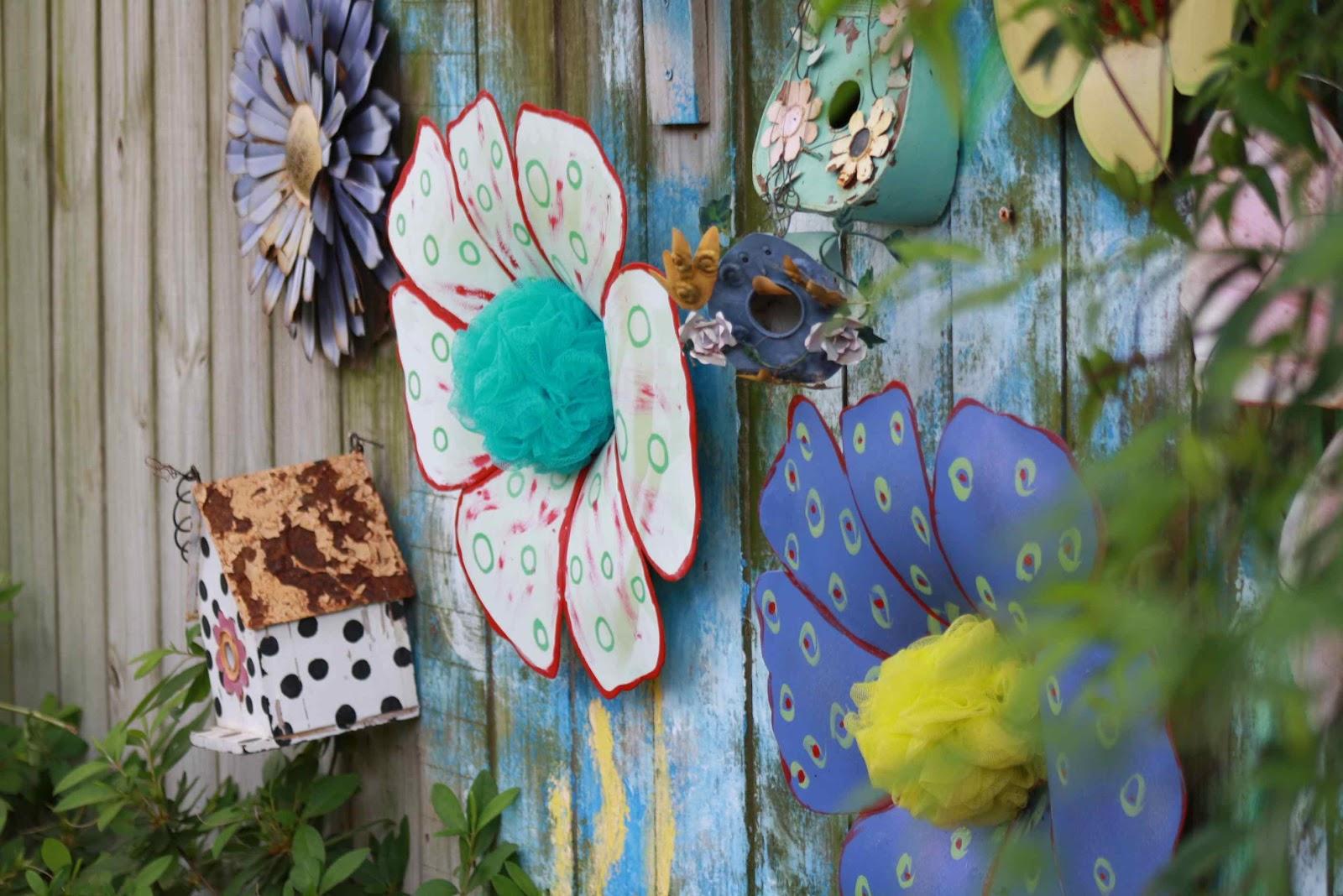 Roses and Other Gardening Joys: Artistically Amusing - Garden Tour