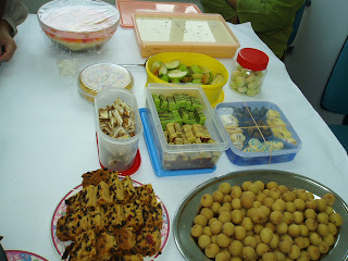 brunch, family, food, friends, hungry, laksa, malaysian potluck, nasi, potluck, recipes, rice, school, work,