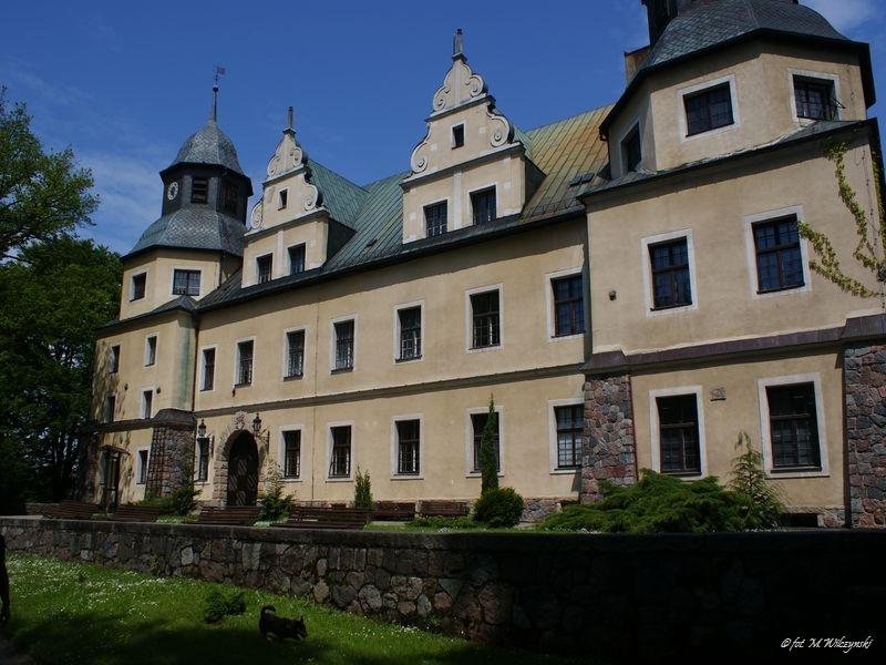 Polska znana i mniej znana: Goraj- zamek wśród noteckich lasów