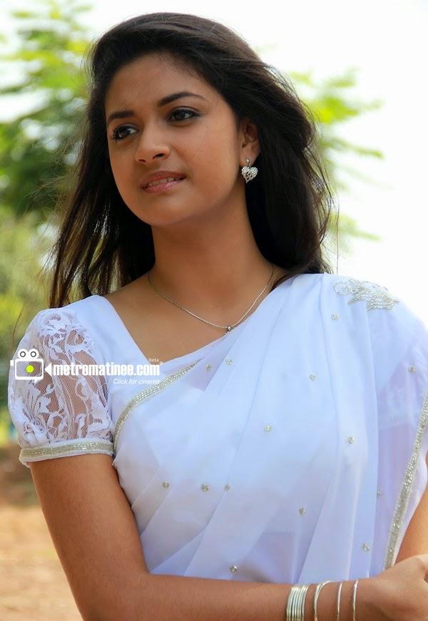 Keerthy Suresh Navel Keerthi Suresh Actress Cute