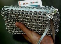 bolsos reciclados y regalos sostenibles Boonoir