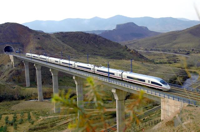 Viajar de trem de Paris a Madri