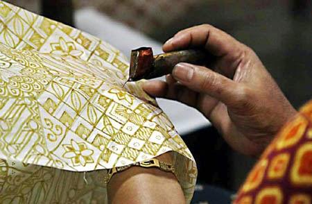 Membuat Batik Tulis, Jangan Lupa Ijuk