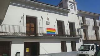 Manzanera: la bandera arcoiris ondea en este pueblo de 556 habitantes