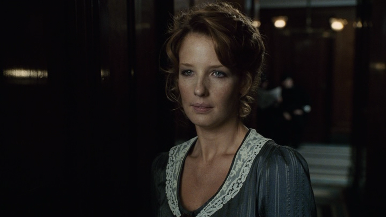 Movie and TV Screencaps: Kelly Reilly as Mary Morstan in ...