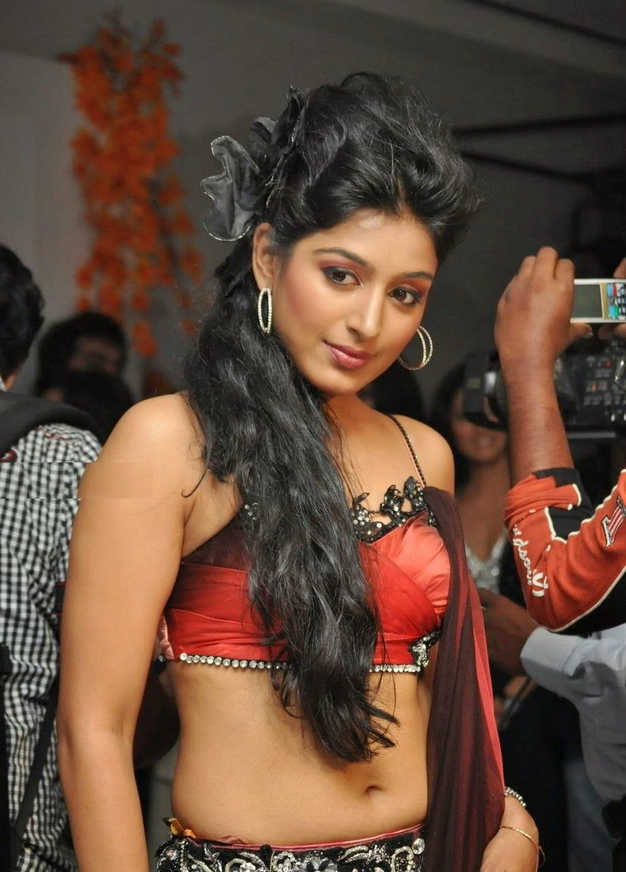 Padmapriya Janakiraman HD wallpapers Free Download