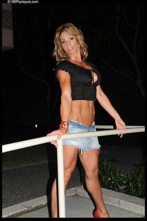Lourdes Sanchez-Breton Female Muscle Bodybuilding Blog HDPhysiques