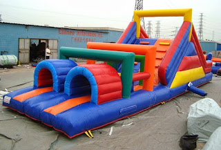 Obstacle inflatable