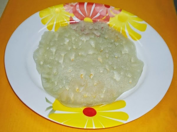 cucumber dosa in a serving plate