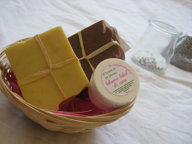 Mini cestas de jabones