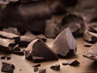 الشوكولاتة احد اسباب الارق وقلة النوم