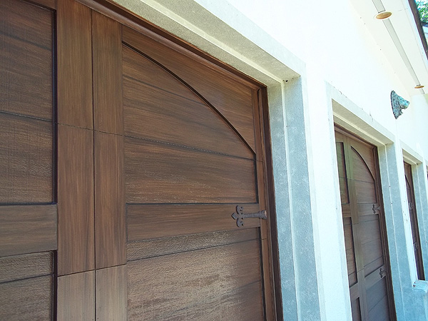 Faux paint carriage doors everything i create paint Faux wood garage door paint