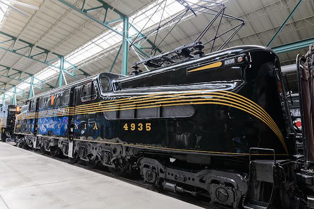 Pennsylvania Railroad GG1 #4935