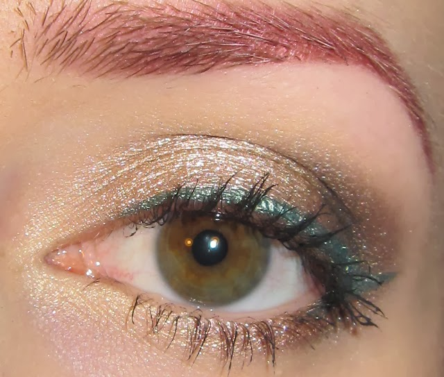 Glitter Is My Crack Neutral Eye Makeup Look With Green Liner