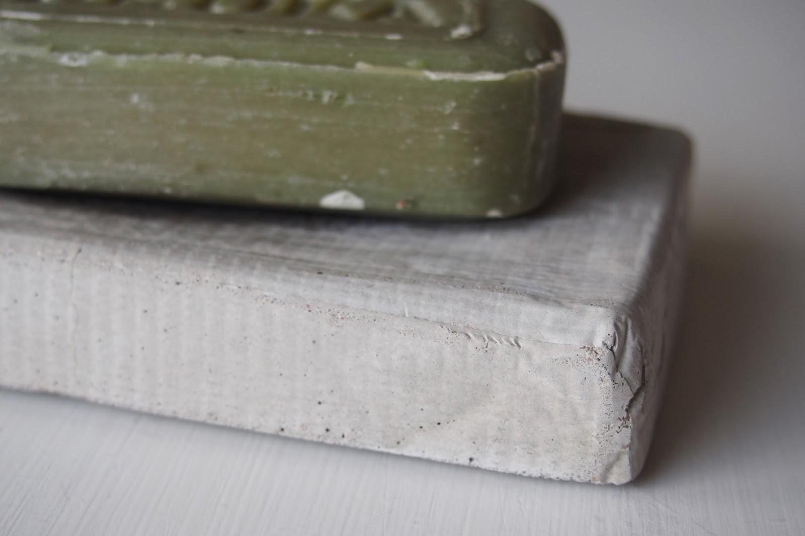 Pieniä betonitöitä
