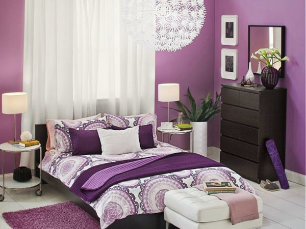 habitaciones moradas dormitorios con estilo. Black Bedroom Furniture Sets. Home Design Ideas