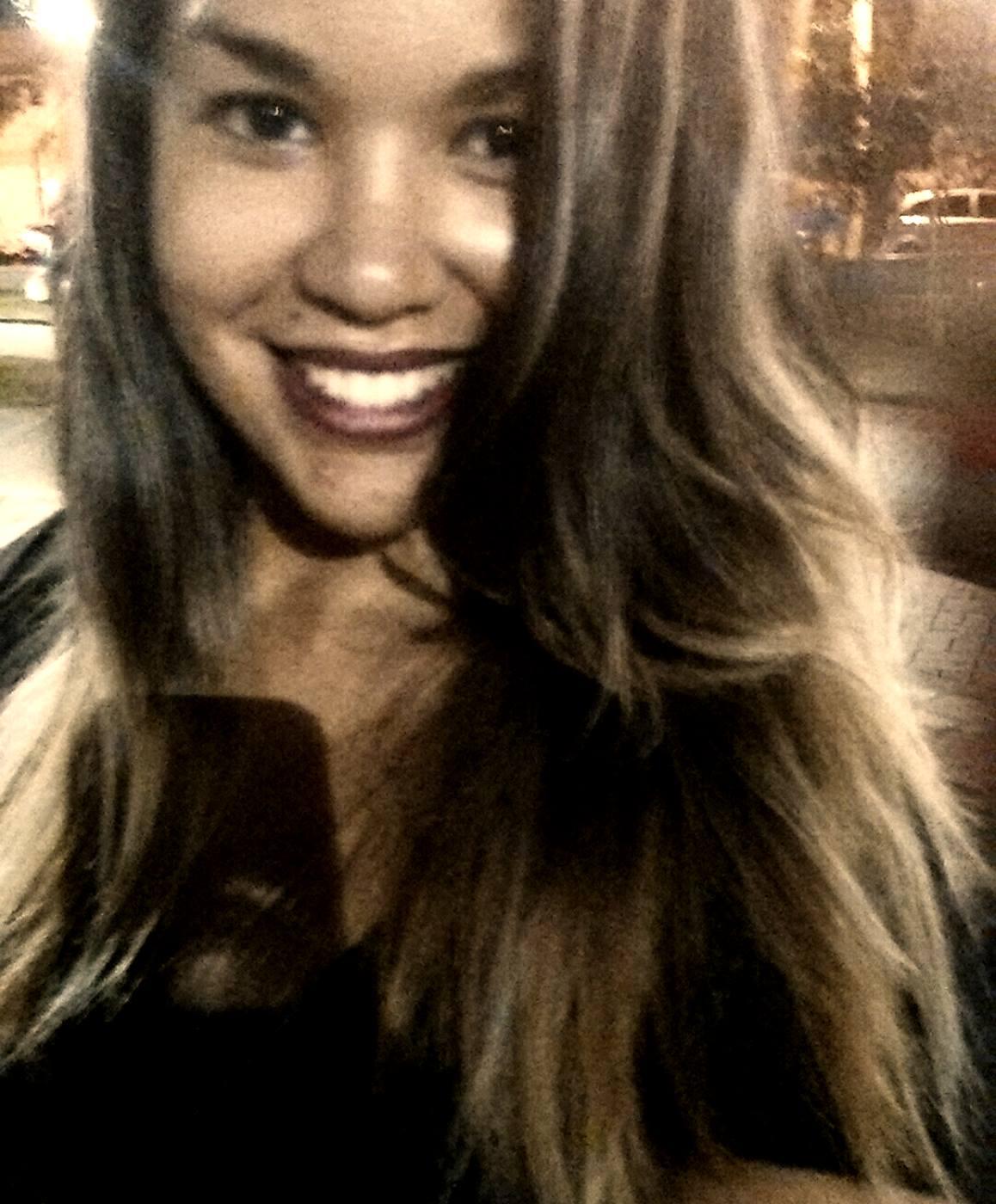 Jenifer Castilho, UERJ, 26 anos.
