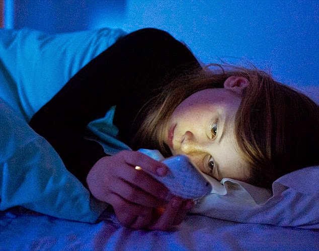 18 Choices You Make Every Day That Keep You Up at Night