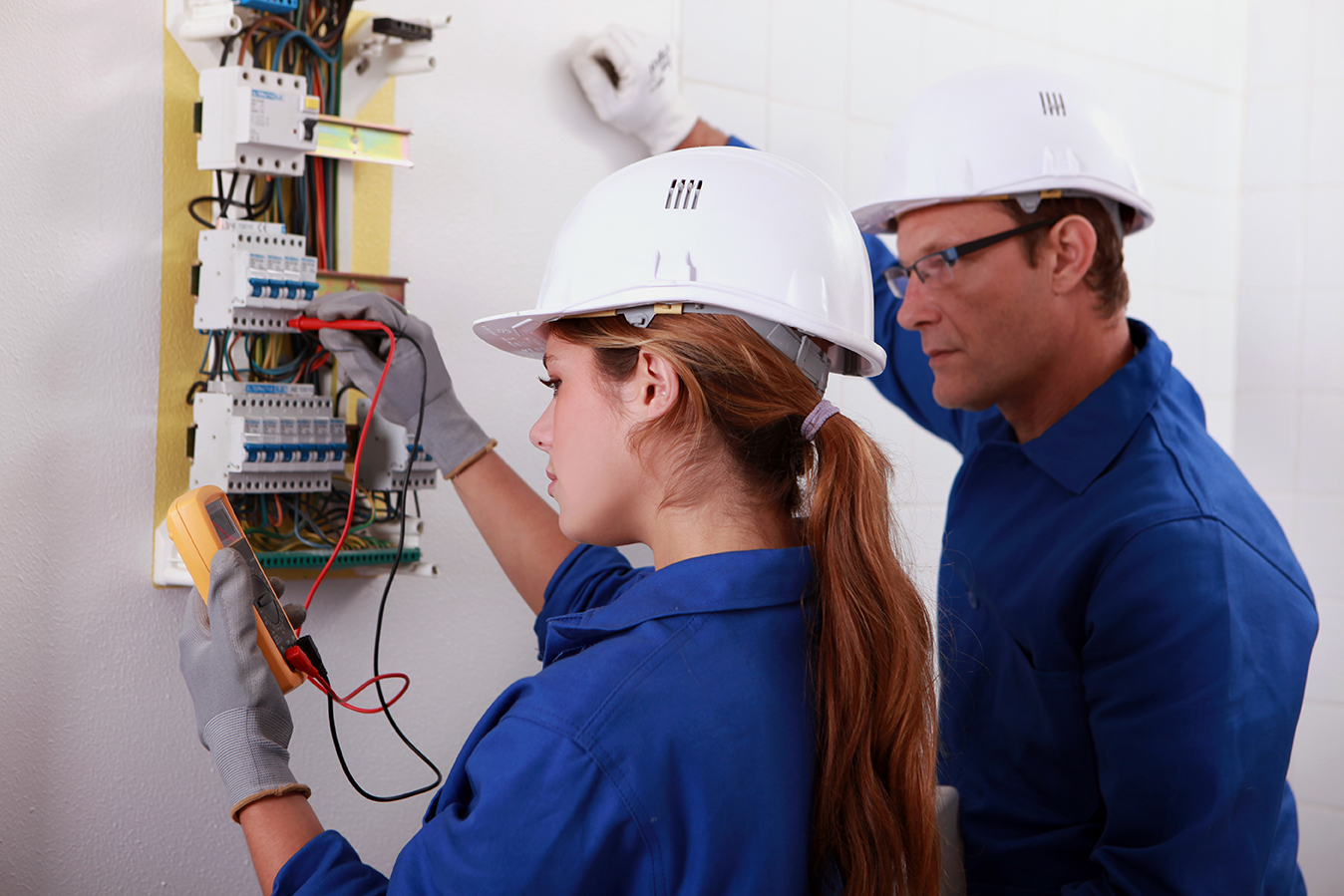 Electrical Certificate London June 2015 Contractor You Will Find Various Companies And Individuals Who Are Well Versed In Works Like Wiring Breaker Boxes Insulation Switches Repairing