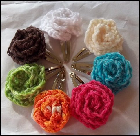 Crochet Rose Hair Clip Pattern : Three Pretty Crochet Flower Jewelry Tutorials to Chase the Winter ...
