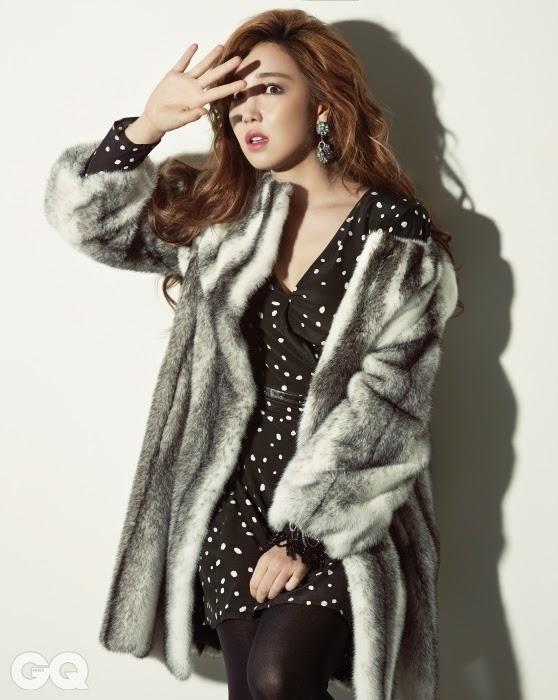Lee Yoo Ri - GQ December 2014