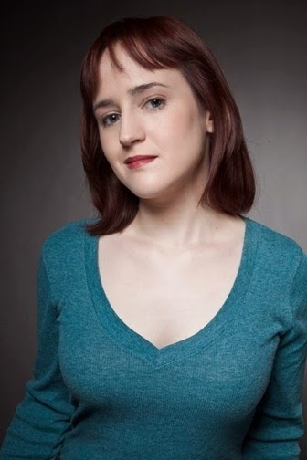 Mara Wilson with a weight of 50 kg and a feet size of N/A in favorite outfit & clothing style
