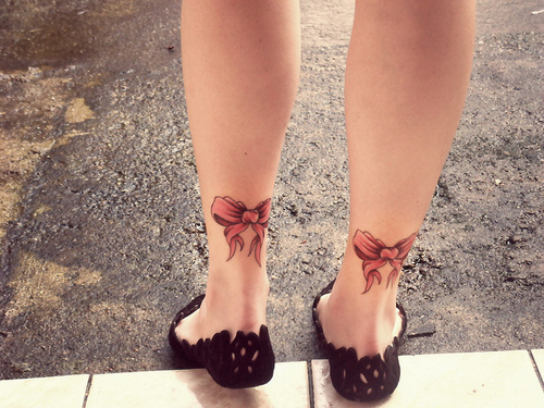 Foot bow tattoo free tattoo design tattoo ideas for Bow tattoos on ankle
