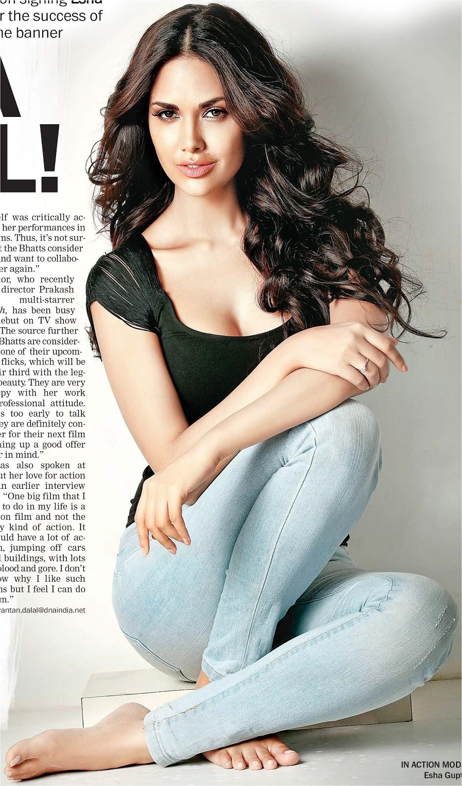 Esha Gupta Hot Wallpapers Celebrity Wallpapers