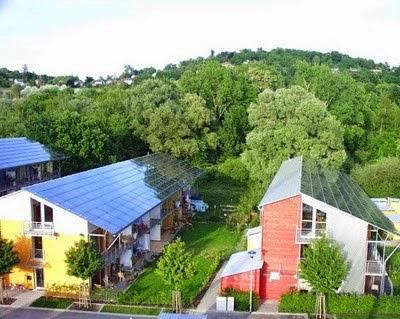Pemanfaatan Sel Surya di Gedung dan Atap Pemukiman Sebagai Upaya Mengatasi Pemanasan Global