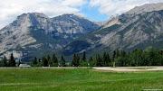 the road from calgary to banff (ab calgary banff)