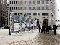Keruntuhan Tembok Berlin dan Kegagalan Sebenarnya dari Sistem Ekonomi Saat Ini