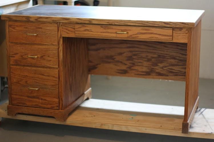 Furniture Flippin   Blogger