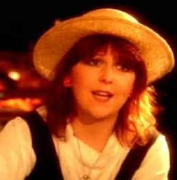 Maggie Reilly. Moonlight Shadow
