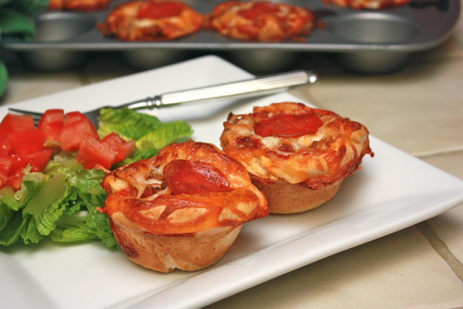 Meet the Sullivans : Mini Deep Dish Pizzas