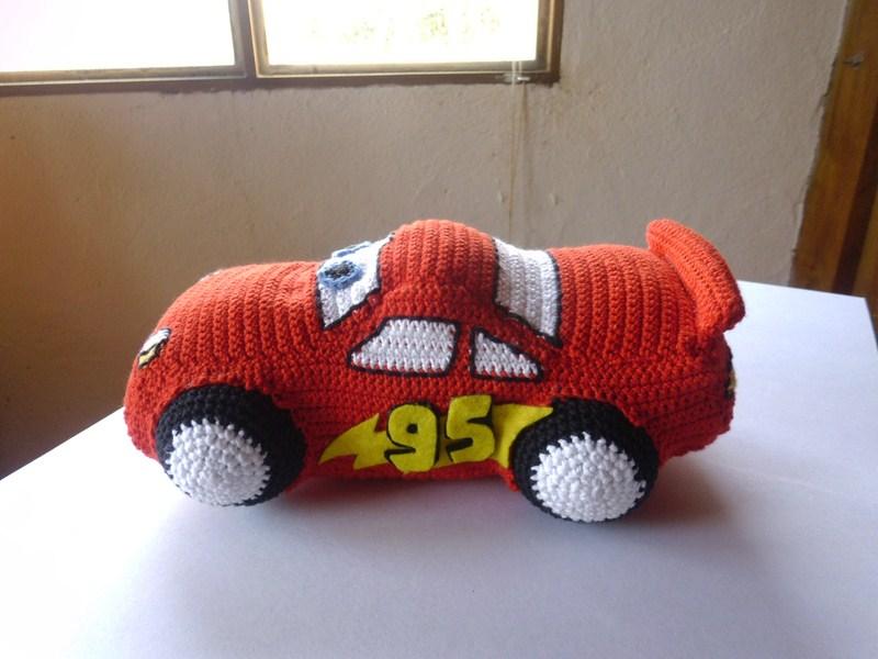 Patron Amigurumi Car : Es un Mundo Amigurumi: Rayo Mcqueen Listo!!! y entregado a ...